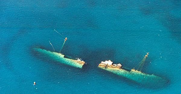 122 meter long German Fighter wreck dive in Antilla