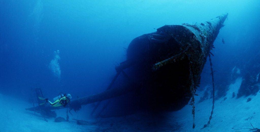 Hilma Hooker ship wreck dive in Bonaire